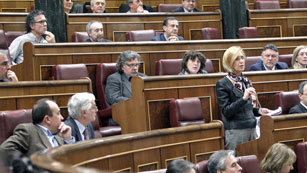 """Ver vídeo  'Rosa Díez reclama al Gobierno una """"refundación"""" del Estado'"""