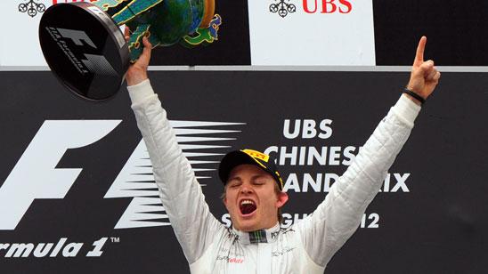 Rosberg consigue su primer GP en China; Alonso, noveno