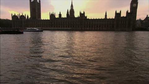Ver vídeo  'RTVE.es prepara para los Juegos Olímpicos de Londres 2012 una oferta audiovisual de 2.200 horas de emisiones en todas las pantallas'