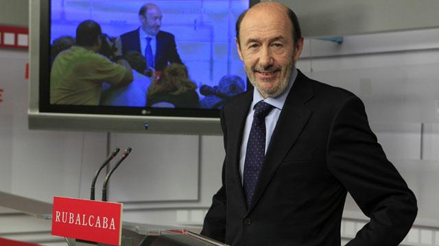 Rubalcaba asegura que no le pidió a Zapatero un adelanto electoral