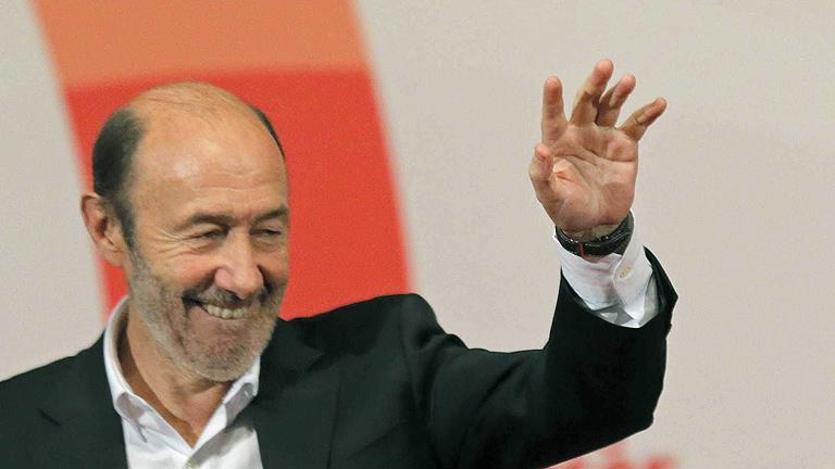 """Rubalcaba: """"Me he sentido unánimemente respaldado como secretario general"""""""