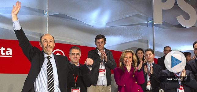 """Rubalcaba proclama un partido """"más unido"""" que sale a """"recuperar"""" a los españoles"""