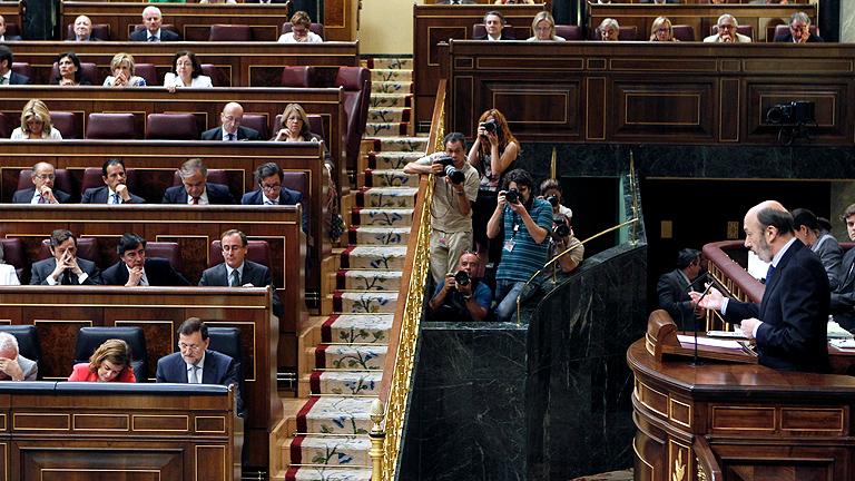 Rubalcaba propone a Rajoy un gran acuerdo nacional