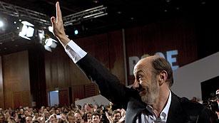 """Ver vídeo  'Rubalcaba: """"Soy el secretario general de todos, sin facturas""""'"""