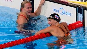 La rusa Efimova bate el récord del mundo de los 50 braza