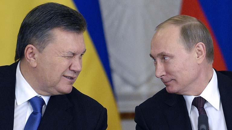 Rusia rescata la economía ucraniana y enciende las protestas de los proeuropeos en Kiev