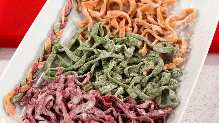 Hacer pasta en casa for Cocinar noodles