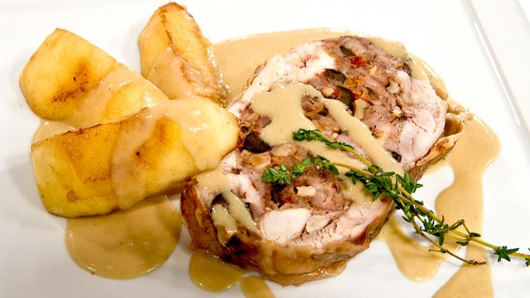 Pollo relleno con salsa de manzana for Que cocinar con pollo