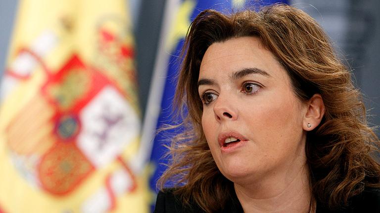 Sáenz de Santamaría asegura que no aplaudieron los recortes sino la valentía de Rajoy