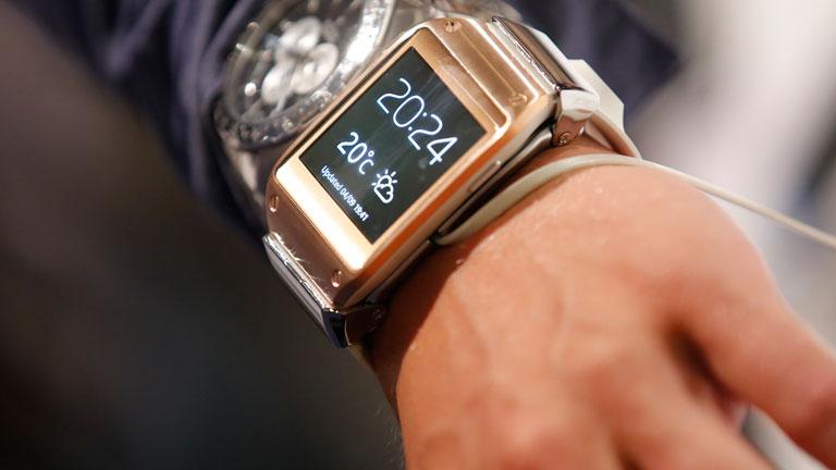 Samsung presenta su primer reloj inteligente Galaxy Gear y se adelanta a su rival Apple