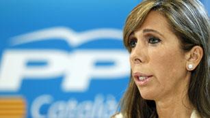 Ver vídeo  'Sánchez Camacho rechaza un adelanto electoral y advierte a Mas de que no es momento de rupturas'