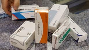 Ver vídeo  'Sanidad dejará de financiar hasta 456 medicamentos'