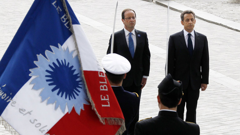 Sarkozy y Hollande, juntos en el homenaje a los ca&iacute;dos en la II Guerra Mundial