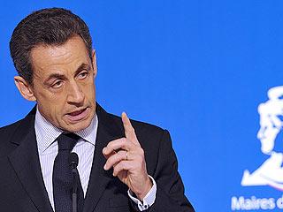 Ver vídeo  'Sarkozy, Merkel y Monti se reúnen en Estrasburgo'
