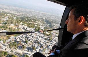 Ver v?deo  'Sarkozy visita Haití para conocer los planes de reconstrucción'
