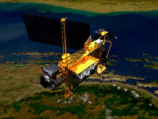 Ver vídeo  'Un satélite en fragmentos caerá este viernes sobre la Tierra'