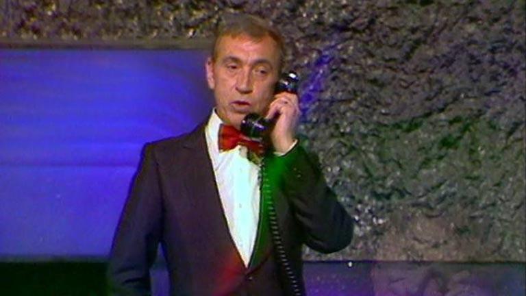 Gila llama al presidente de EE.UU.
