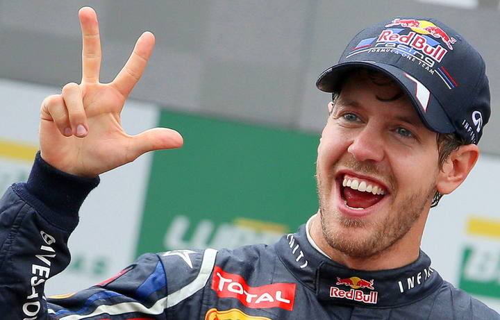 Sebastian Vettel consigue su tercer mundial de F&oacute;rmula 1 en el circuito Interlagos de Brasil el 25 de noviembre de 2012