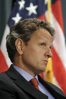 El secretario del Tesoro de EE.UU., Timothy Geithner, en una conferencia de prensa este viernes, en Washington