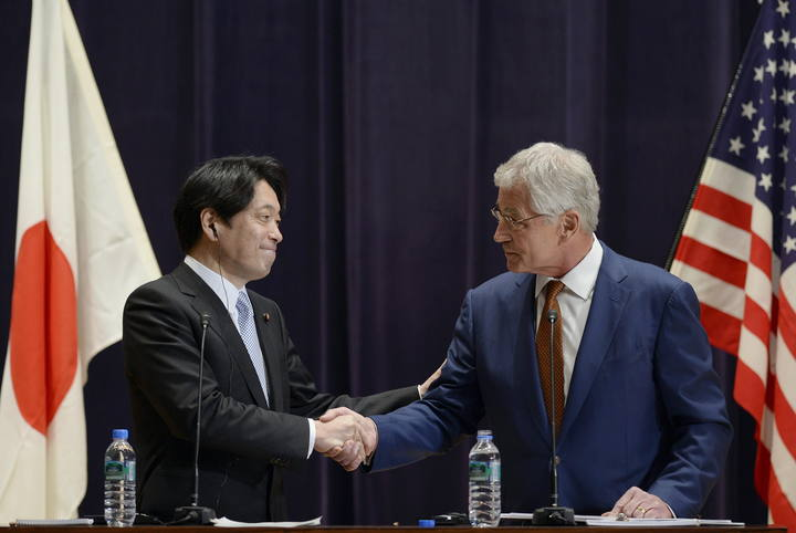 US Secretary of Defense Chuck Hagel and Japanese Defense Minister Itsunori Onodera