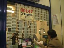 La administración de la calle Conde de Peñalver, en Madrid, ha vendido el número premiado con el segundo premio, el 147.