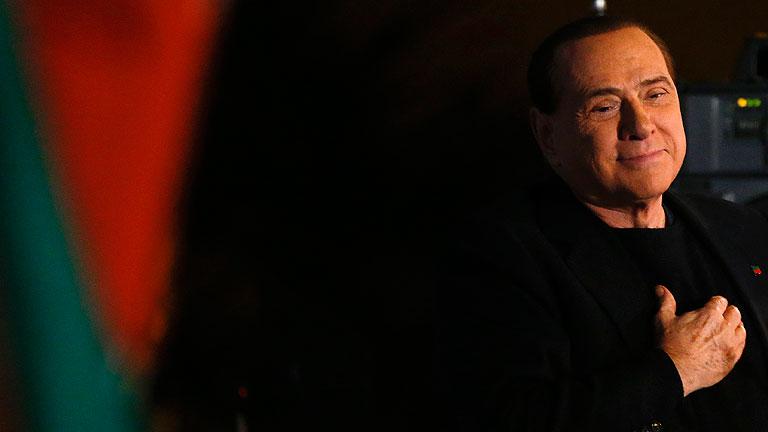 El Senado italiano vota expulsar de la Cámara a Silvio Berlusconi