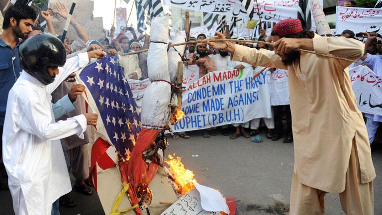 El sentimiento antiestadounidense estalla en Pakistán