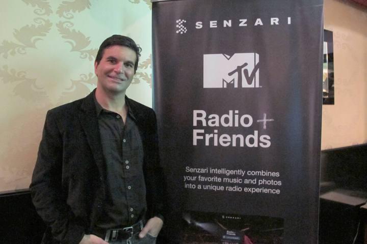 Bill Hajjar, CEO y fundador de Senzari, en la fiesta de presentación del servicio