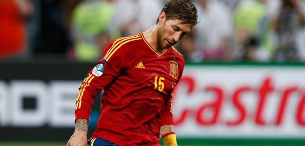 Sergio Ramos marca en la tanda de penaltis contra Portugal