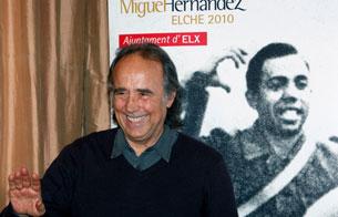 Ver vídeo  'Serrat pone música a Miguel Hernández'
