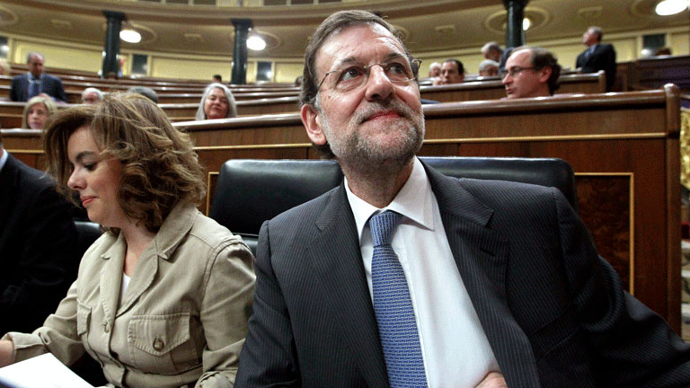 Rajoy afirma: &quot;Este Gobierno tiene que decidir entre un mal y un mal peor&quot;