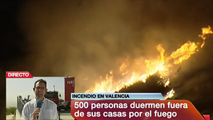 Ver v&iacute;deo  'Sigue activo el incendio de Cortes de Pall&aacute;s'