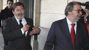 Ver vídeo  'Sigue declarando en los juzgados Francisco Javier Guerrero por el caso de los ERE fraudulentos'