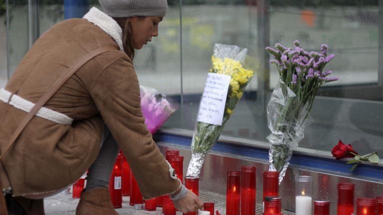 Se elevan a cuatro el número de víctimas mortales del Madrid Arena tras la muerte de una joven de 17 años