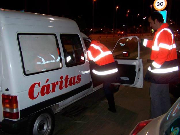 Siguiendo los pasos de los trabajadores de Cáritas en Córdoba. La crisis se ceba con los más débiles de nuestro país.