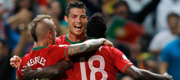 Silvestre Varela celebra su gol ante Azerbaiyán.