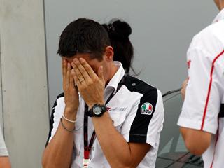 Ver vídeo  'Simoncelli fallece en un accidente en el GP de Malasia'