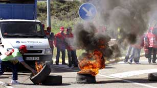 Ver vídeo  'Los sindicatos aseguran un seguimiento total en la jornada de huelga de la minas de carbón'