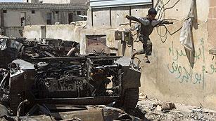 Ver vídeo  'En Siria, los rebeldes atacan sedes gubernamentales'