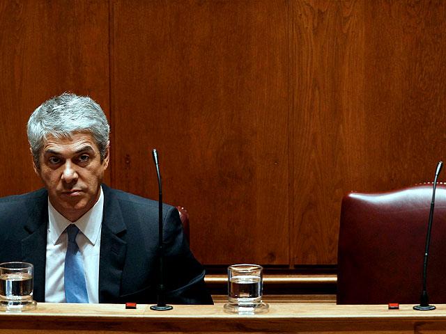 La crisis financiera tumba al Gobierno portugués