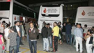 Solidaridad de la población y los médicos con las víctimas del accidente del tren de Santiago