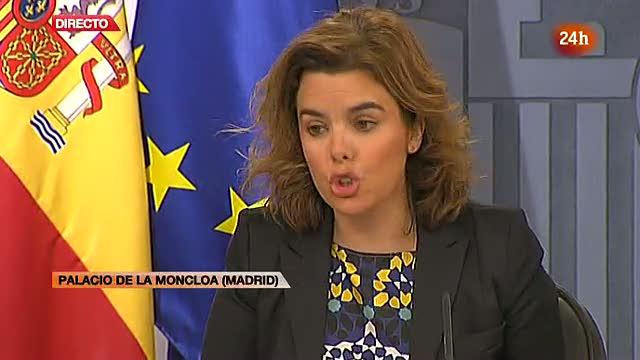 """Soraya Saénz de Santamaría pide """"sacrificios importantes"""" en un momento """"dramático"""""""