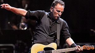 Ver vídeo  'Springsteen, pletórico, ofrece en Madrid el que podría ser el concierto más largo de su historia'