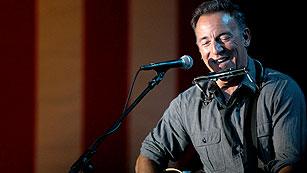 Ver vídeo  'Springsteen salta al escenario con Bill Clinton para apoyar a Obama'