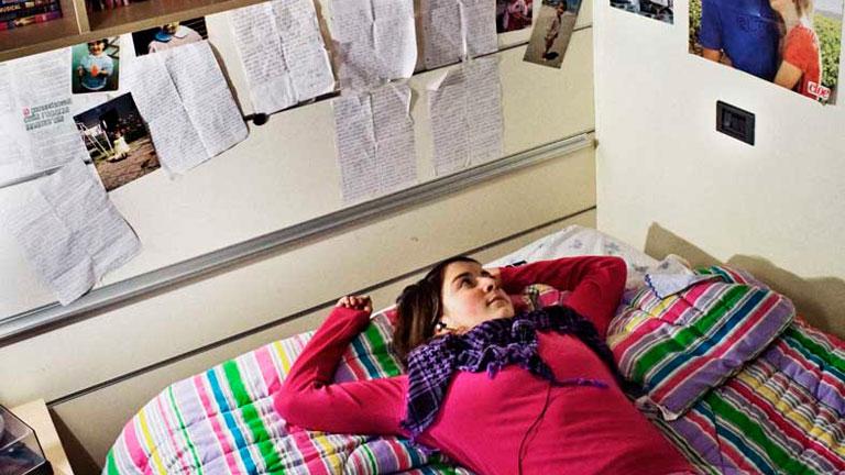 Stefano Giogli retrata a adolescentes en 'L'unico eri tu'