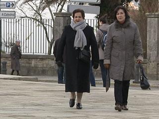 Ver vídeo  'Sueldos congelados para los funcionarios y aumento de las pensiones'