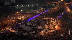 Ver vídeo  'Tahrir celebra la caída del Gobierno de Morsi'