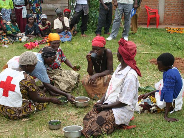 El teatro es una de las mejores formas para sensibilizar a la población sobre el cólera
