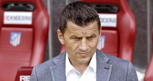 El técnico del Real Valladolid, Miroslav Djukic.