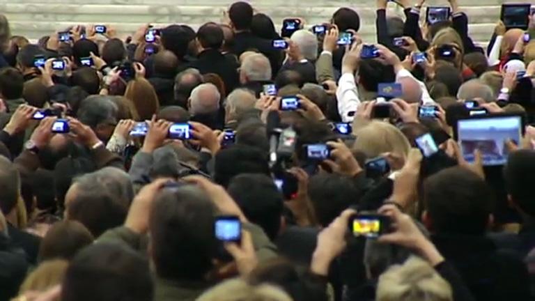 El teléfono móvil, ¿amenaza o aliado del fotoperiodismo?